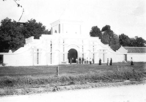 Moskee Madoera, Masjid Madura, 1890-1917